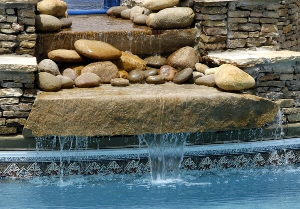 Beautiful-Swimming-pool-waterfalls-in-custom-swimming-pool
