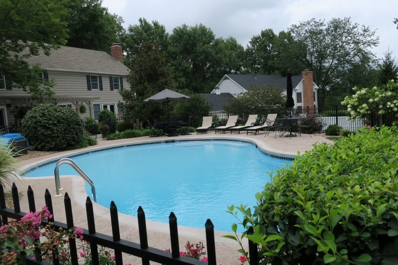 Pool-starting-up-by-Scarlet-Pools-Saint-Louis-Mo